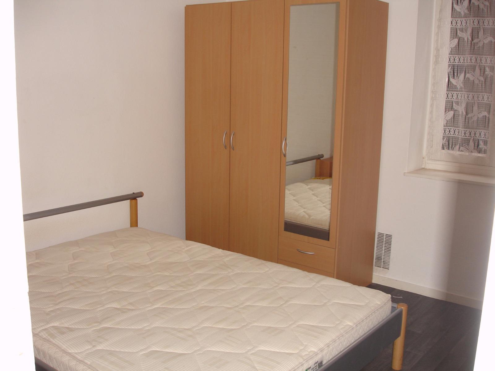location t2 meuble jean pouyat rdc g. Black Bedroom Furniture Sets. Home Design Ideas