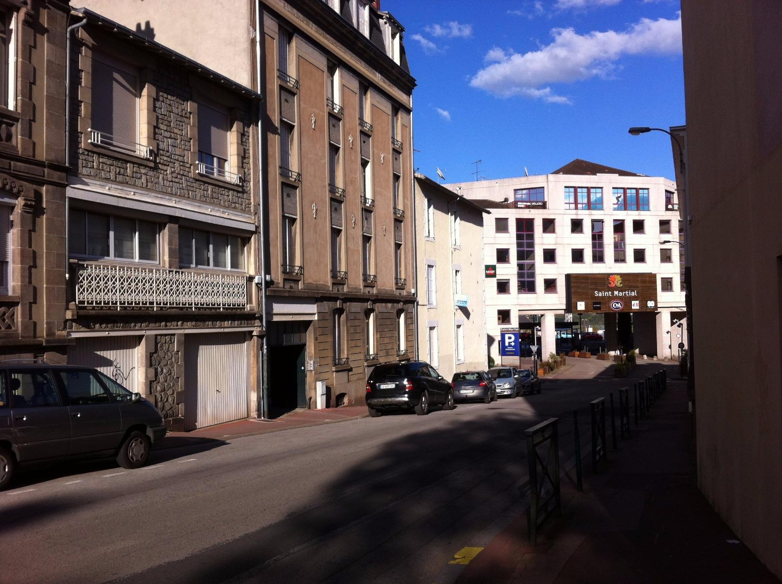 Location commerces locaux commerciaux et studios limoges for Garage iveco limoges